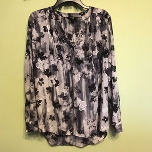 Vera Wang Long Sleeve Shirt